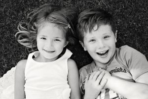 Family_photography_chelmsford_HarryandPollyAnna.jpg